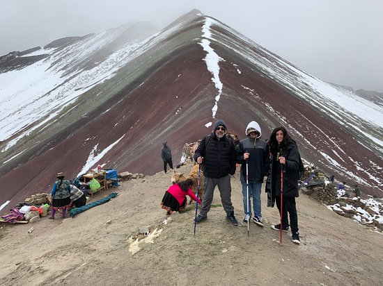 Condor Travel: Rainbow mountain