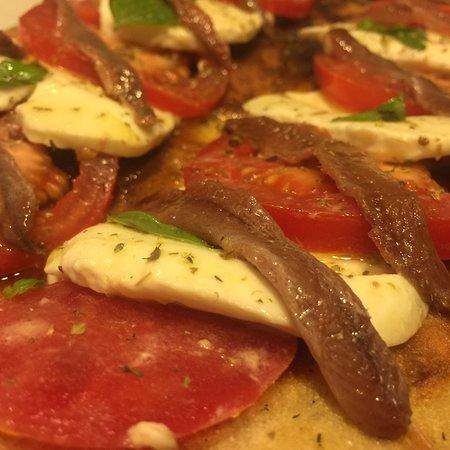 Ristorante pizburg pizzeria hamburgeria in milano con cucina americana - Cucina americana milano ...