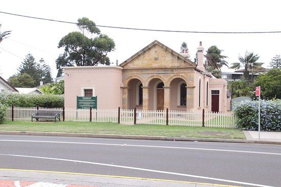 ‪The Old Court House Wollongong‬