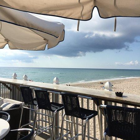 Lake Worth Beach: Breakfast on the pier