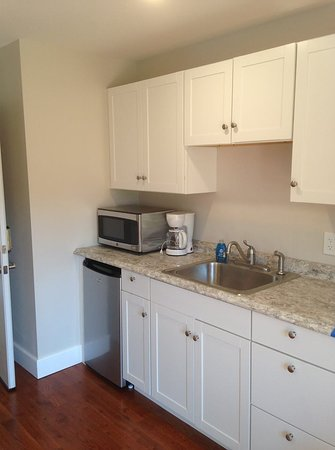 Piseco, NY: kitchen area in the sunset room, sunrise room is similar, sunrise room is handicap accessable