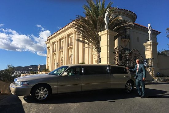 Private limo limousine tours of Santa...