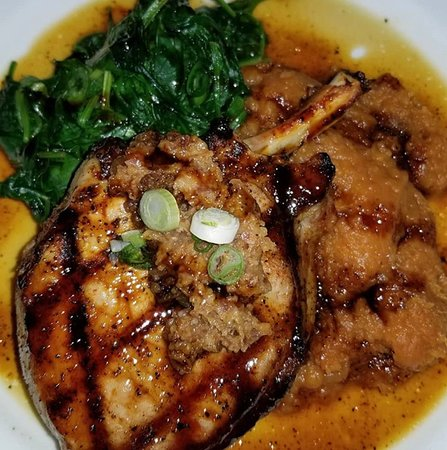 Marina Cafe: Pork chops with sweet potatoes and spinach 