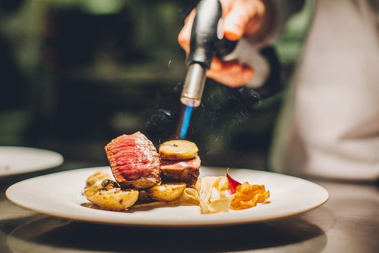 Sirloin with foie gras