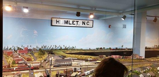 Hamlet, NC: model train display