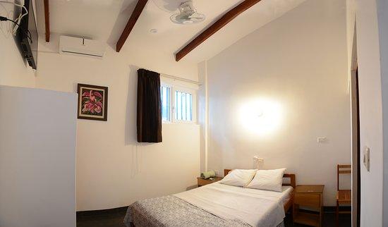Lima Region, Περού: Nuestro objetivo es dar un servicio personalizado y regalarle a nuestros huéspedes siempre habitaciones súper limpias y desinfectadas, desayuno continental.