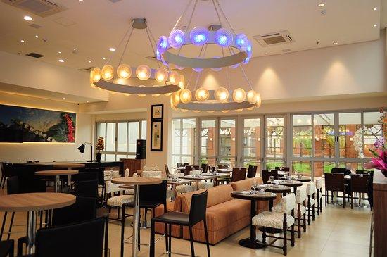 Bourbon Cambara Hotel: Bourbon Cambará Hotel | Lobby Bar Ouro Verde