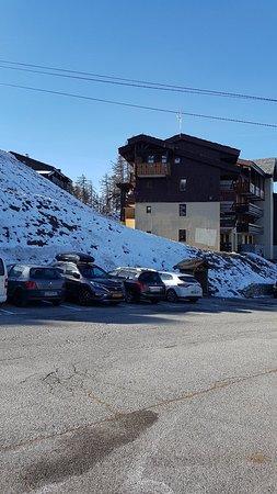Les coches village, super lieu de vacances en famille! Attention que des pistes bleu en station mais un parcours coolski super!