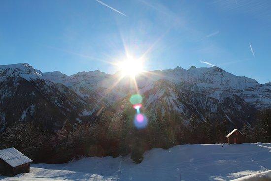 Braunwald, สวิตเซอร์แลนด์: Sonnenaufgang aus dem Zimmer