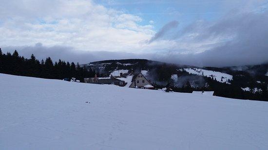 הפארק הלאומי קרקונושה, צ'כיה: Krkonoše - Sagasserovy boudy. Krásné lyžování pro malé děti a začátečníci...i ti co po X letech znova stojí na lyžích!