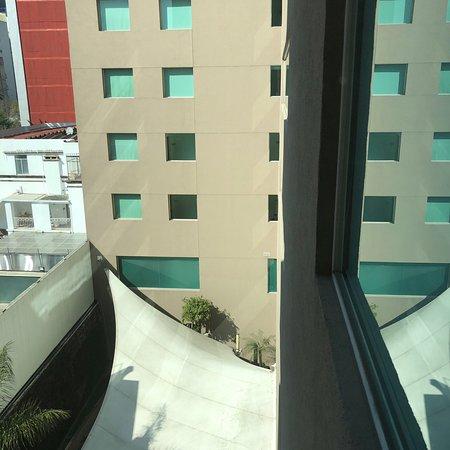 Hotel moderno, cómodo y en excelente ubicación