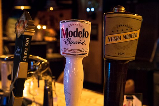 Carpentersville, IL: Dos Equis, Model Especial and Negra Modelo on draft