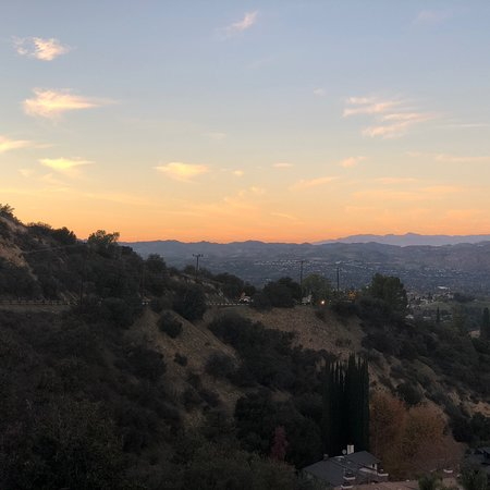 Topanga, CA: Sunset at the overlook.