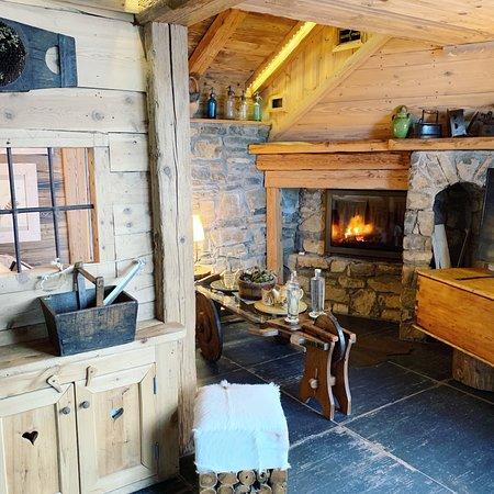 la maison des bois marc veyrat manigod restaurant avis num ro de t l phone photos. Black Bedroom Furniture Sets. Home Design Ideas