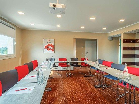 Ibis Czestochowa: Meeting room