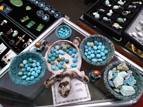 Dolan Springs, Аризона: Turquoise stones