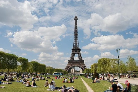Tour privé d'une journée à Paris avec...