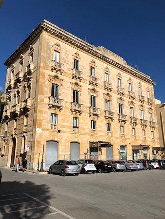 Palazzo ex Grand Hotel
