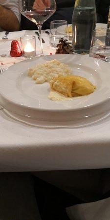 Cavenago d'Adda, Italy: che dire... la cosa piu' inquietante e' il risotto senza mantecatura... cioe'il riso scotto !!!