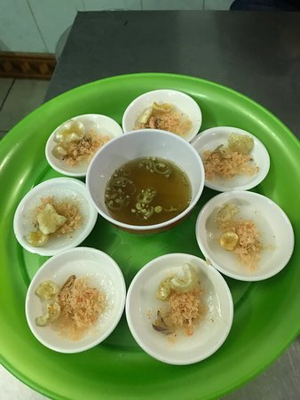 Food tour Hué by Geordie Worland