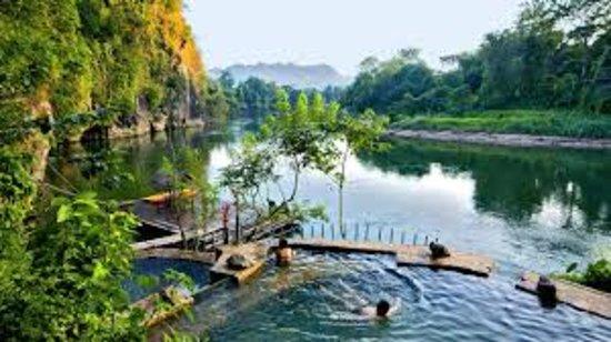 Provincia de Chonburi, Tailandia: like)