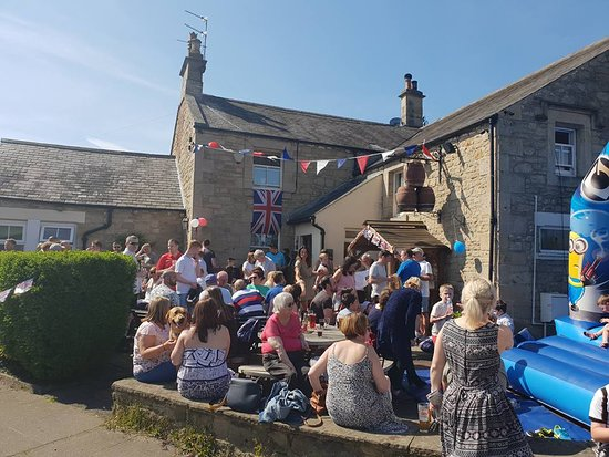 Heddon-on-the-Wall, UK: Family fun at Three Tuns