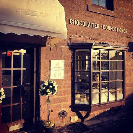 Tempered - Chocolatier & Confectioner