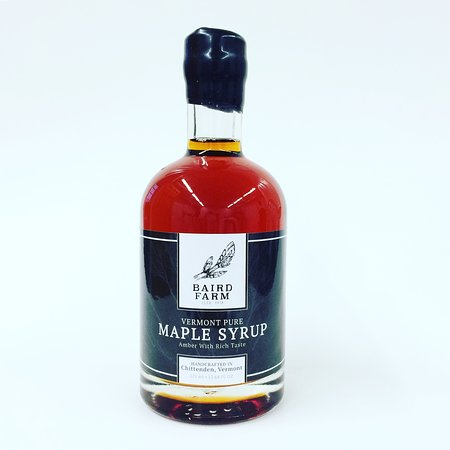 Chittenden, VT: Our maple syrup in glass bottles !