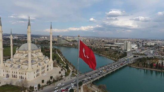 Adana'mızın düşman işgalinden kurtuluşunun 97. Yılını kutluyor, şehitlerimizi saygıyla anıyoruz. 🌐www.zekiustakebap.com