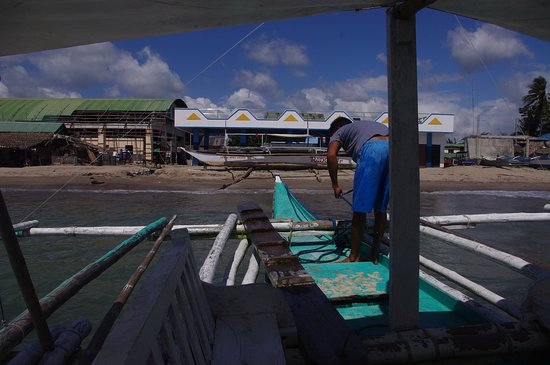 Matnog, الفلبين: Departing Matnog