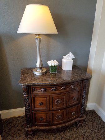 Monte Vista, CO: boutique room night stand