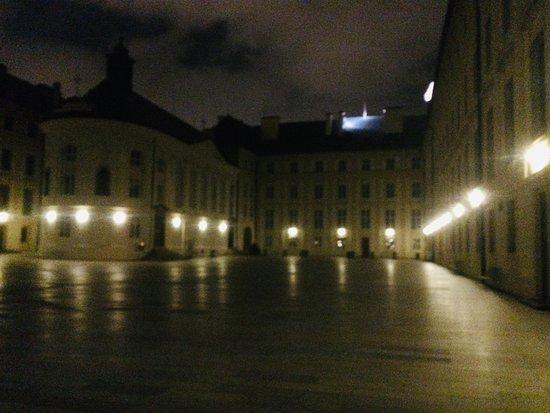 Alchemy and Mysteries in Prague's Castle District: Evening Walking Tour: Prague Castle 