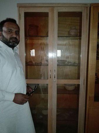 Jhelum, Pakistan: وادی چمکون سکندر اعظم کی رہائش گاہ پہ