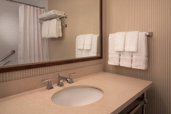 Jeffersonville, IN: Guest room