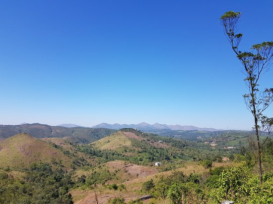 Peermade, Ấn Độ: parunthumpara hill view