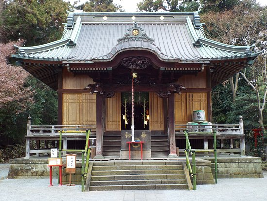 Shirasasainari Shrine