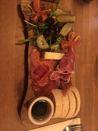 Delivino Wine Cafe: Small Spanish platter £9.50