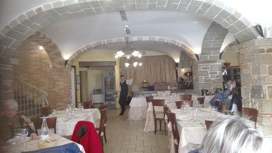 Tornimparte, Italy: Elegante