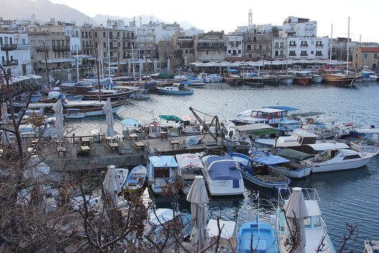 Kipr Travel: порт Керинии