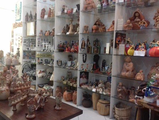 Galeria Aruna Arte Popular Brasileira