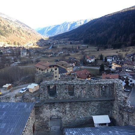 Ossana, إيطاليا: Il presepe austriaco.