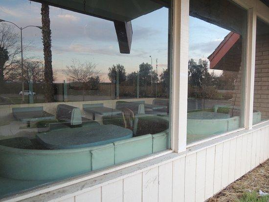 Firebaugh, CA: abandoned