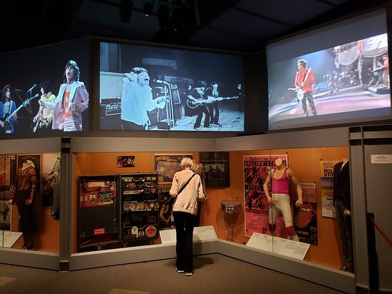 ‪‪Rock & Roll Hall of Fame‬: The Rolling Stones are a huge influence on music, and at the Hall of Fame‬