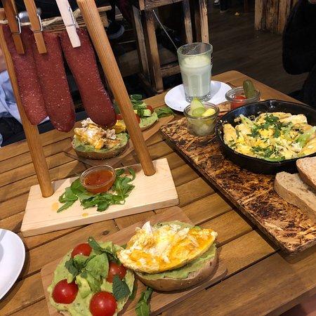 Cafe Leuchte Köln : cafe buur cologne restaurant reviews phone number ~ Watch28wear.com Haus und Dekorationen