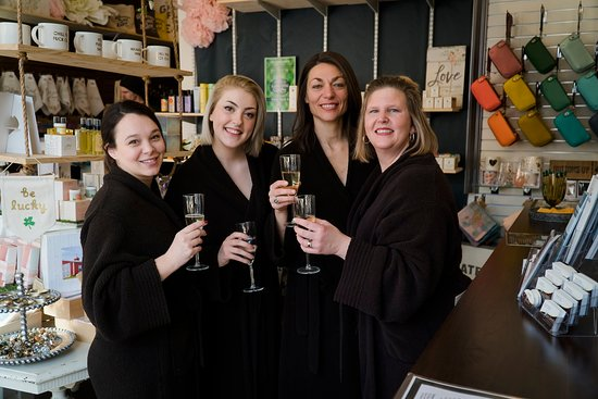 Baraboo, WI: Celebrate your Special Day at Spa Serenity, Call our Group Coordinator to book your Spa Day.