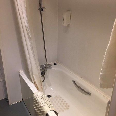 Another Crap Britannia Hotel