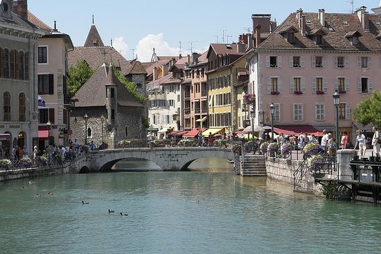 Geneva and Annecy Tour With Optional...