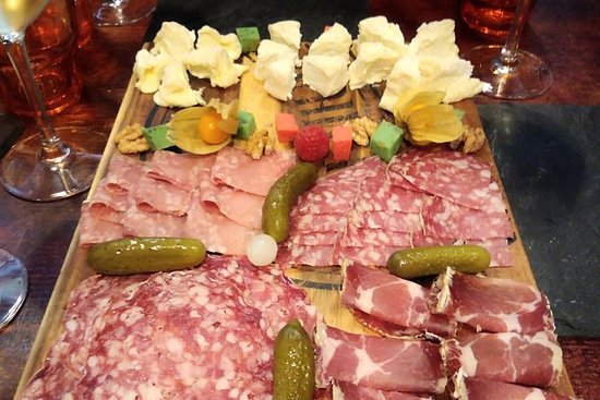 Lyon Gourmet Private Guided Tour