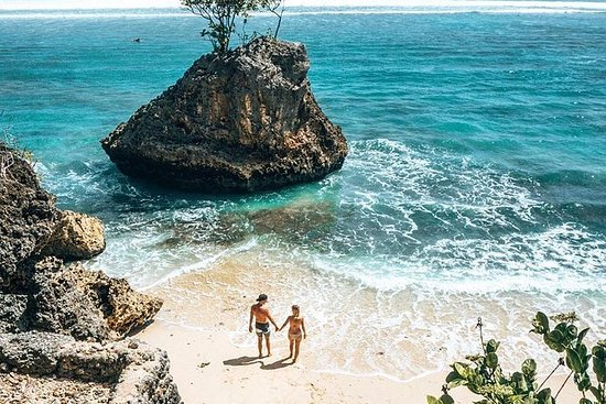 Bingin Beach - Beach Daze