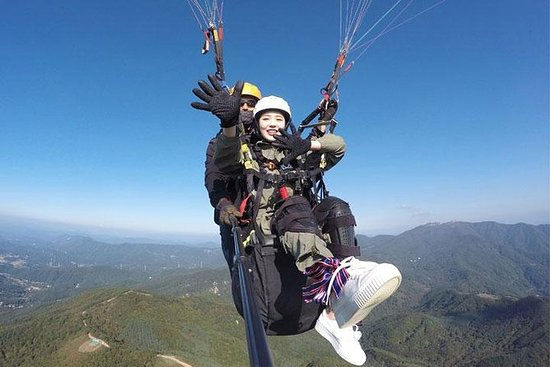 Korea Paragliding -1 hour from Seoul...